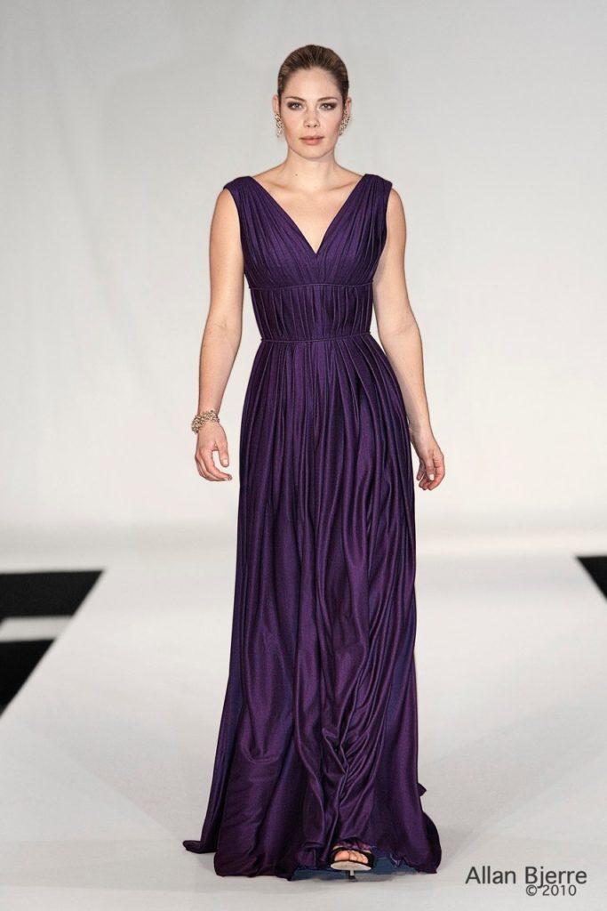 Lilla draperet kjole i silkejersey